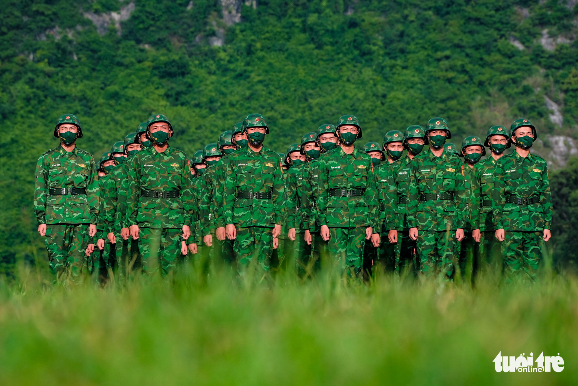 The Vietnamese team at the opening ceremony of the contests at the 2021 International Army Games in Hanoi on August 31, 2021. Photo: Nam Tran / Tuoi Tre