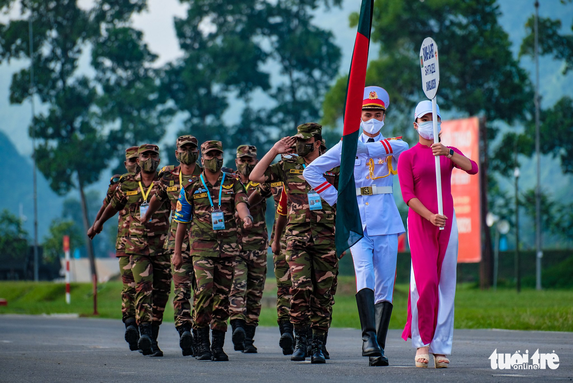 The Bangladeshi team march at the opening ceremony of the contests at the 2021 International Army Games in Hanoi on August 31, 2021. Photo: Nam Tran / Tuoi Tre