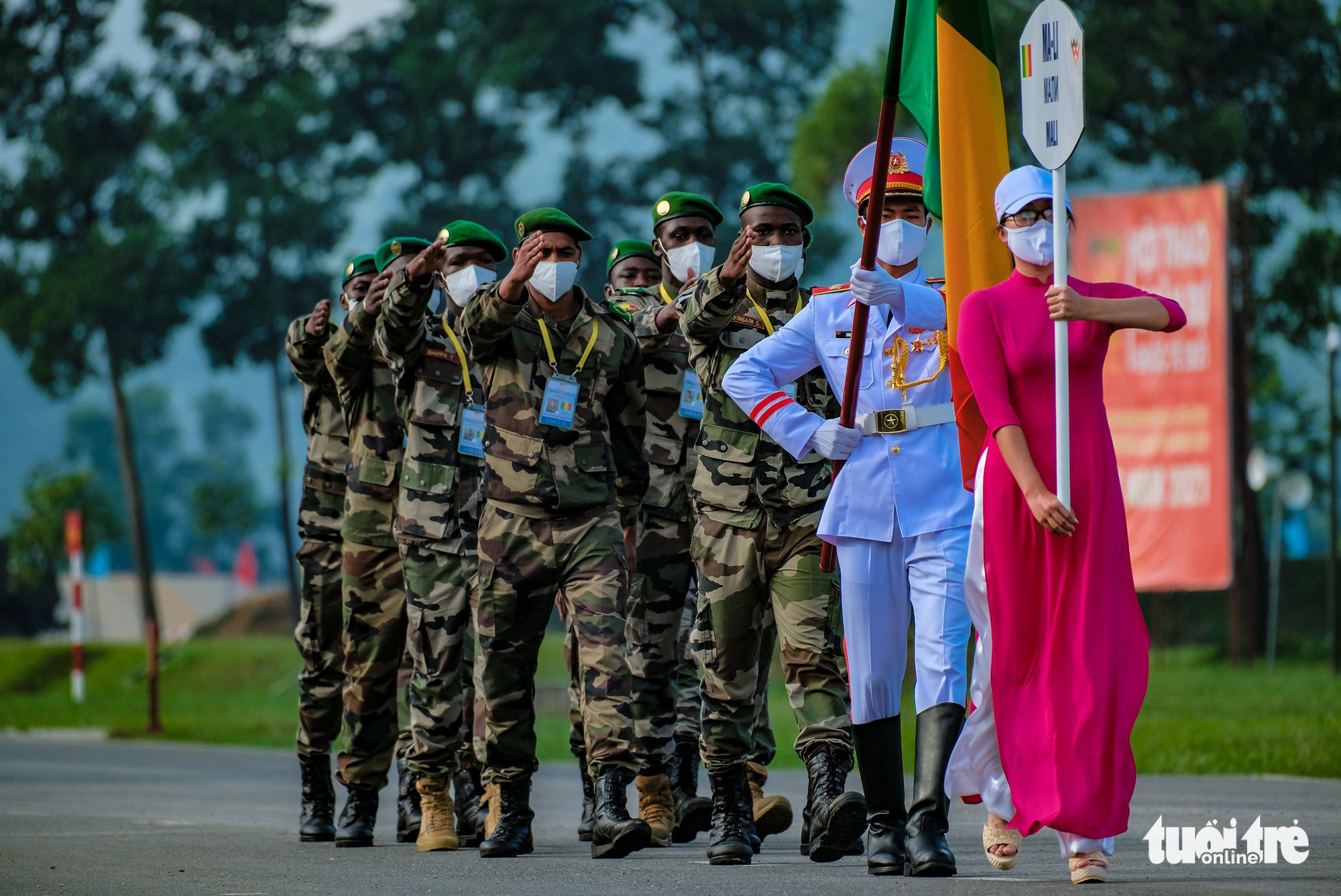 The Malian team march at the opening ceremony of the contests at the 2021 International Army Games in Hanoi on August 31, 2021. Photo: Nam Tran / Tuoi Tre