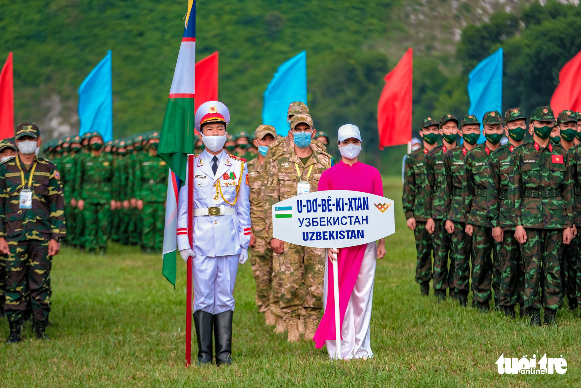 The Uzbek team march at the opening ceremony of the contests at the 2021 International Army Games in Hanoi on August 31, 2021. Photo: Nam Tran / Tuoi Tre