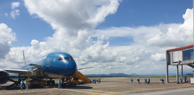 Vietnam pilots new quarantine regulation for fully vaccinated int'l arrivals