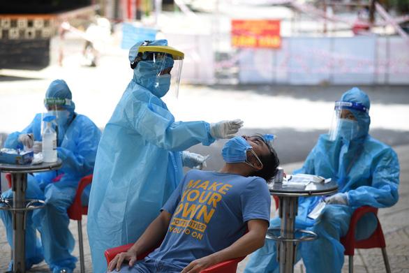 Vietnam announces 14,193 new domestic coronavirus cases