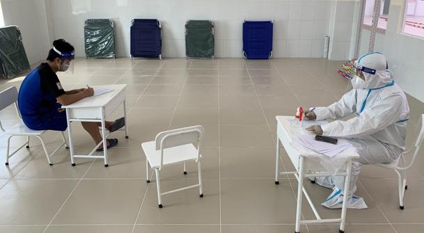 In Vietnam, coronavirus-infected man impersonates doctor to discharge all inpatients