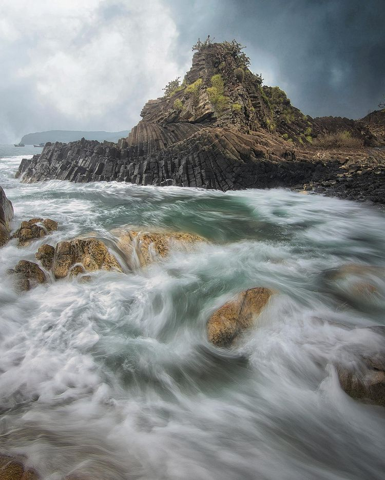 Indra's photo of Da Dia Rapids in central Phu Yen Province's Tuy An District