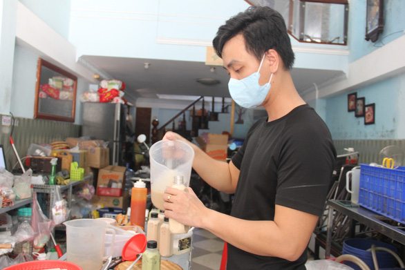 Da Nang allows more services to reopen under relaxed social distancing rule