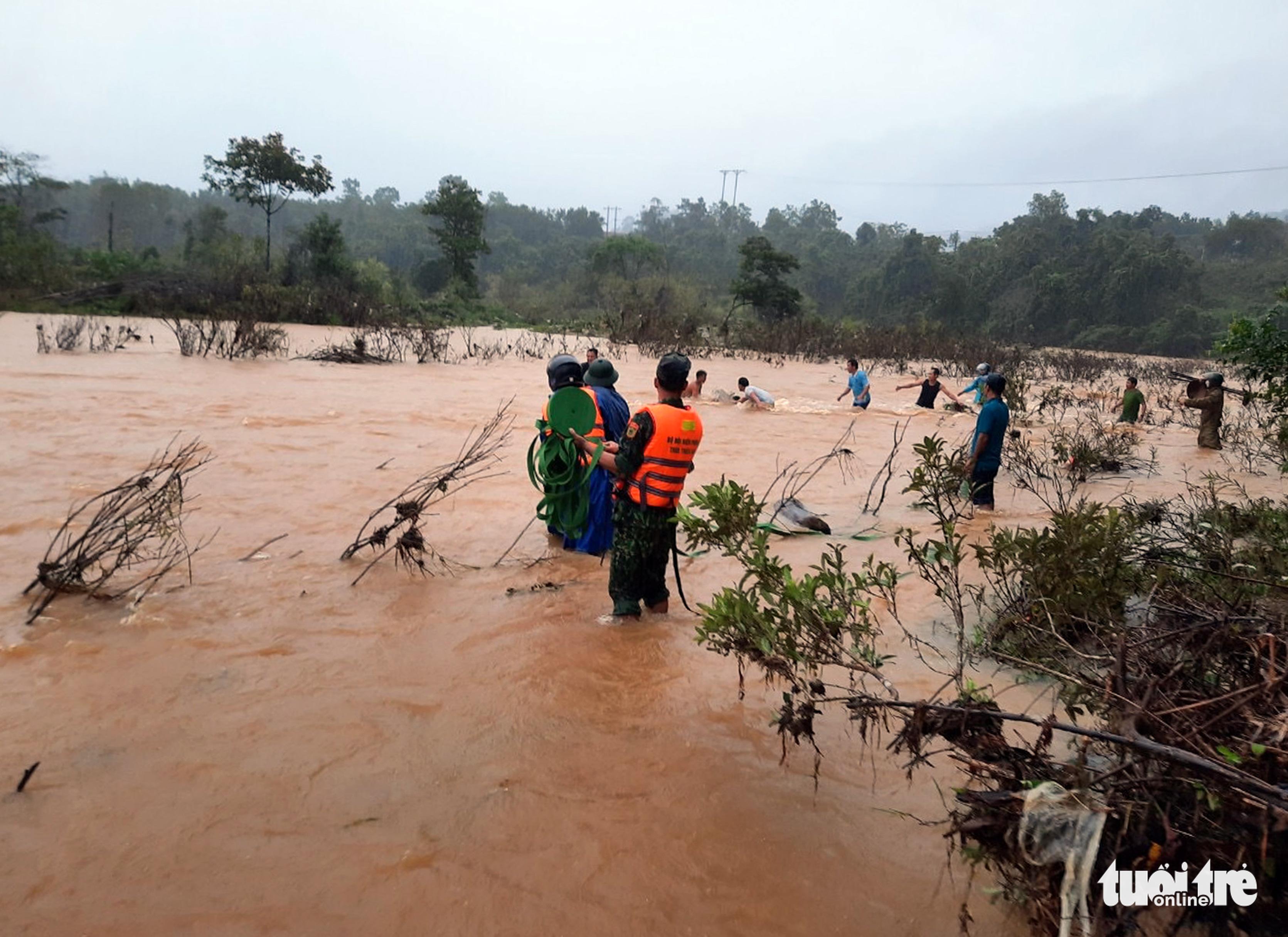 Vietnam warns of risk of floods, landslides after storm weakens
