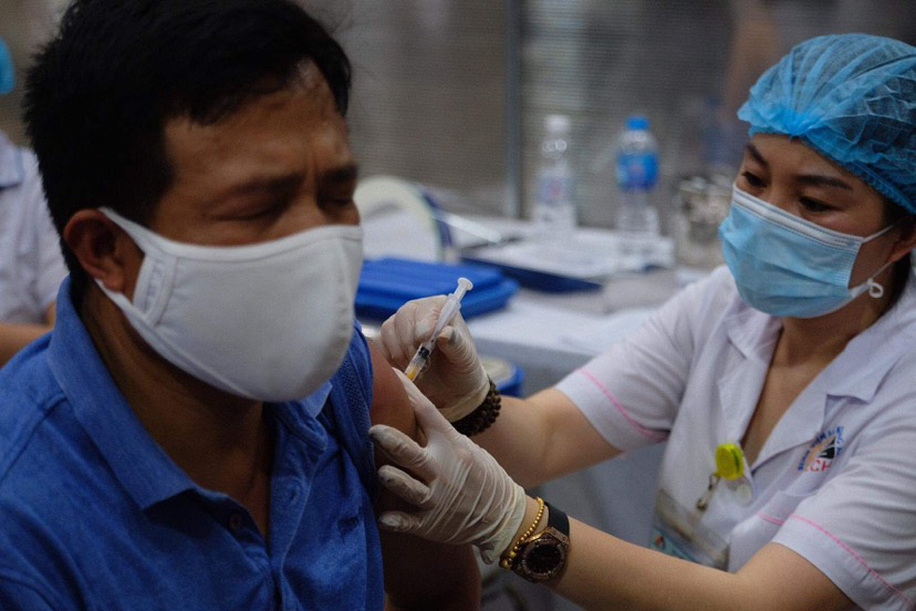Ho Chi Minh City proposes shortening interval between AstraZeneca vaccine doses