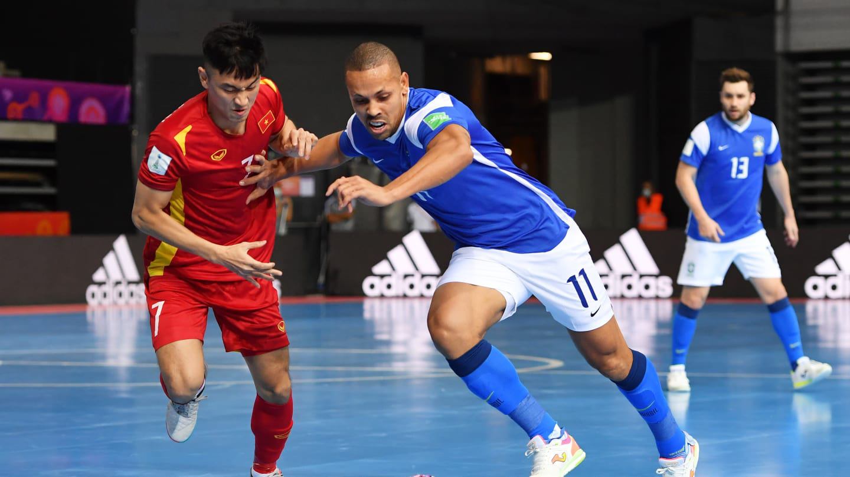 Vietnam suffer emphatic loss to Brazil in FIFA Futsal World Cup opener