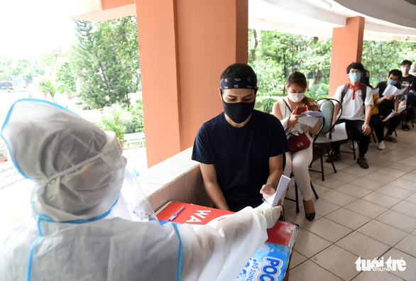Vietnam logs 10,489 additional COVID-19 cases