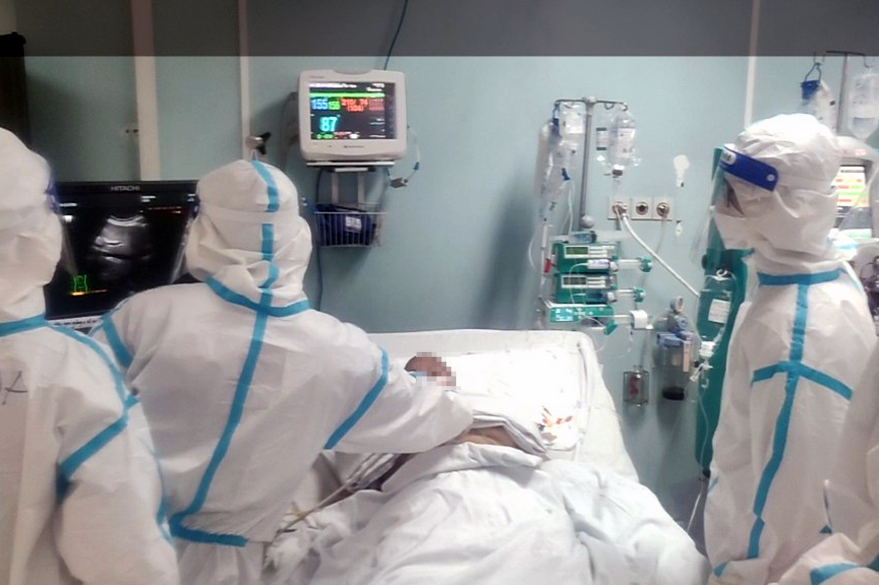 Southern Vietnamese province keeps medical staff with mild COVID-19 symptoms at work
