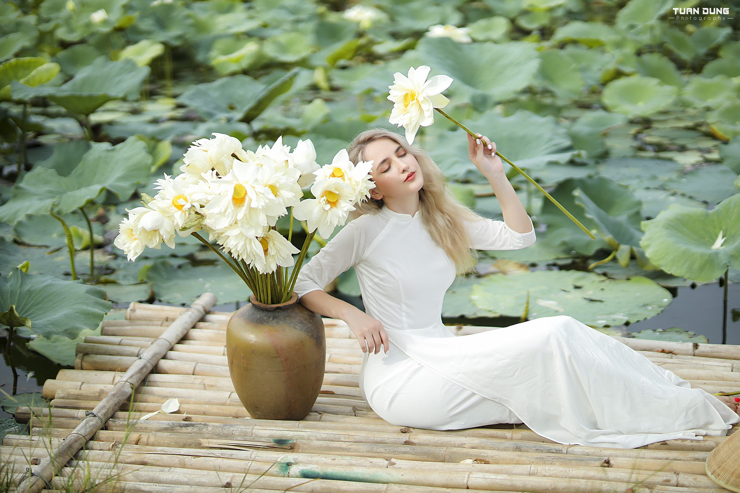 Ao dai, culture and students: Albanian Tik Tok star on why she calls Vietnam 'home'