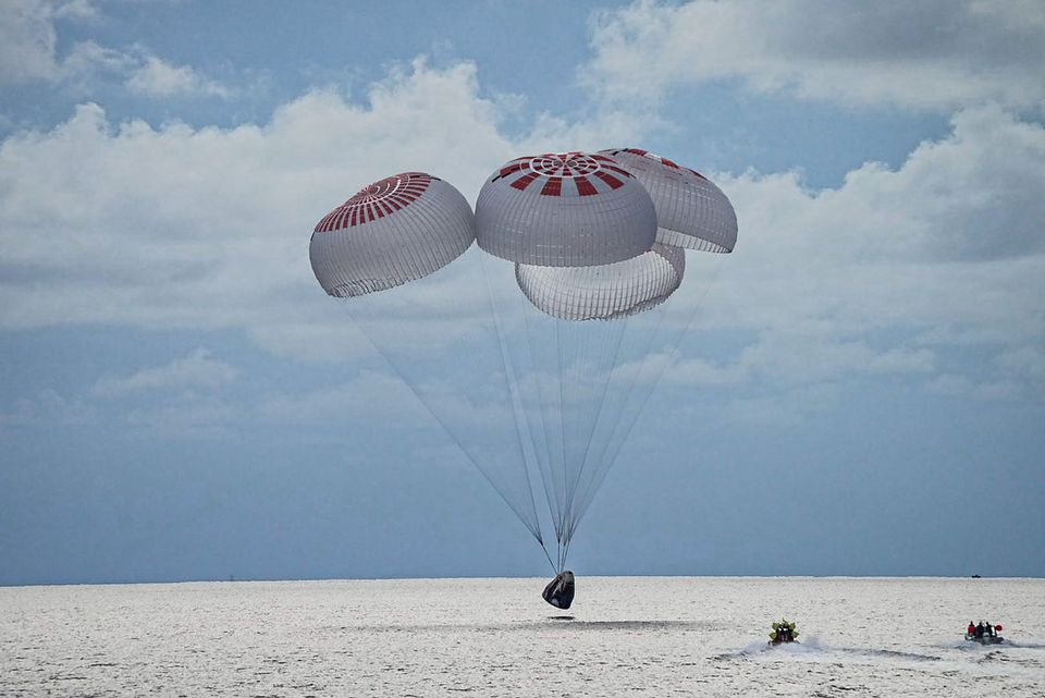SpaceX capsule with world's first all-civilian orbital crew splashes down off Florida