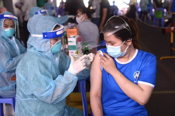 Vietnam records 10,040 new coronavirus cases