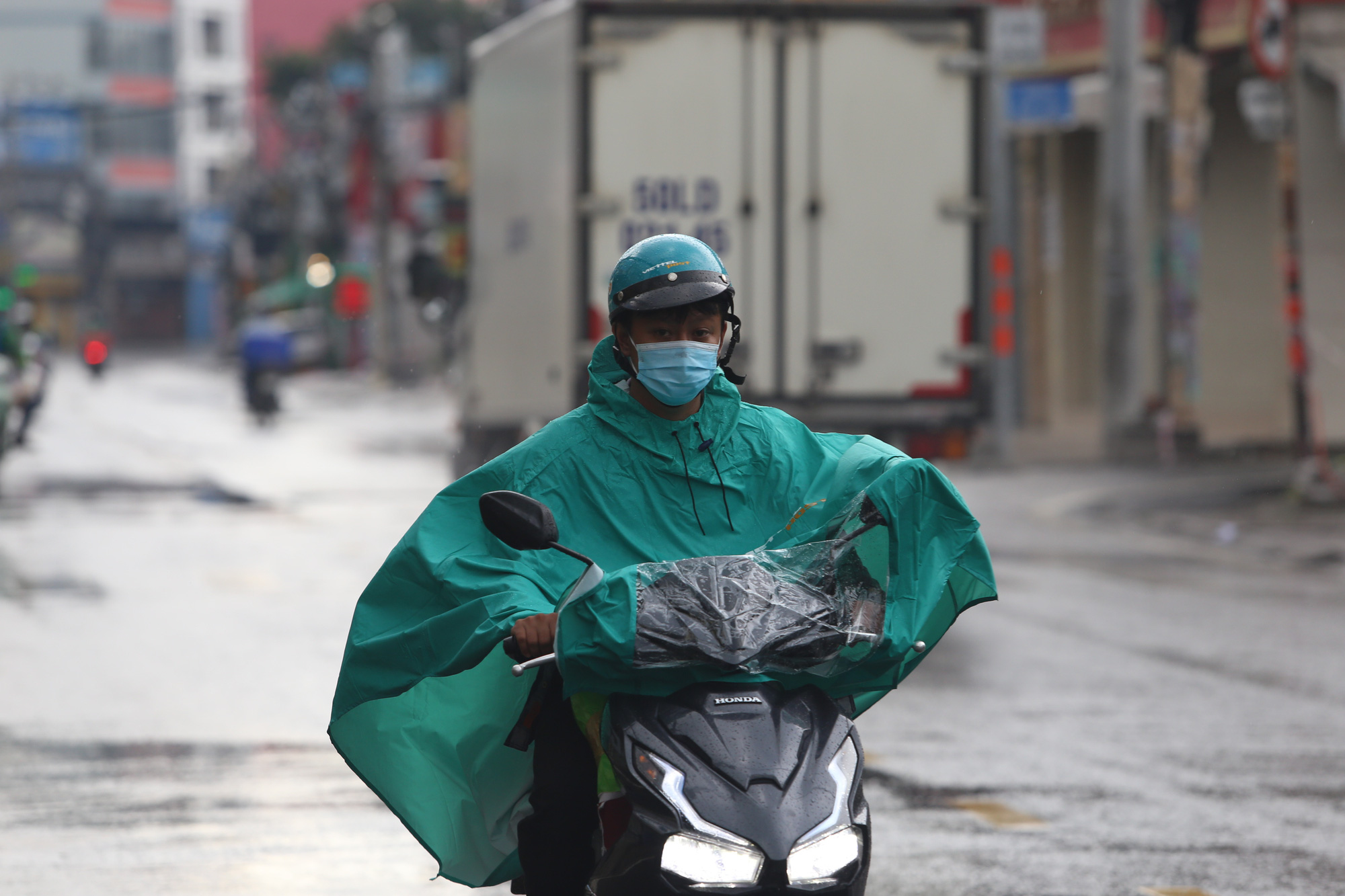 Low-pressure area brings downpours to central, southern Vietnam