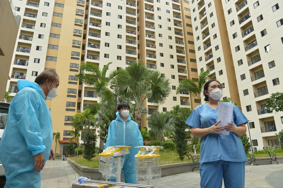 Ho Chi Minh City plans COVID-19 field hospitals' gradual closure