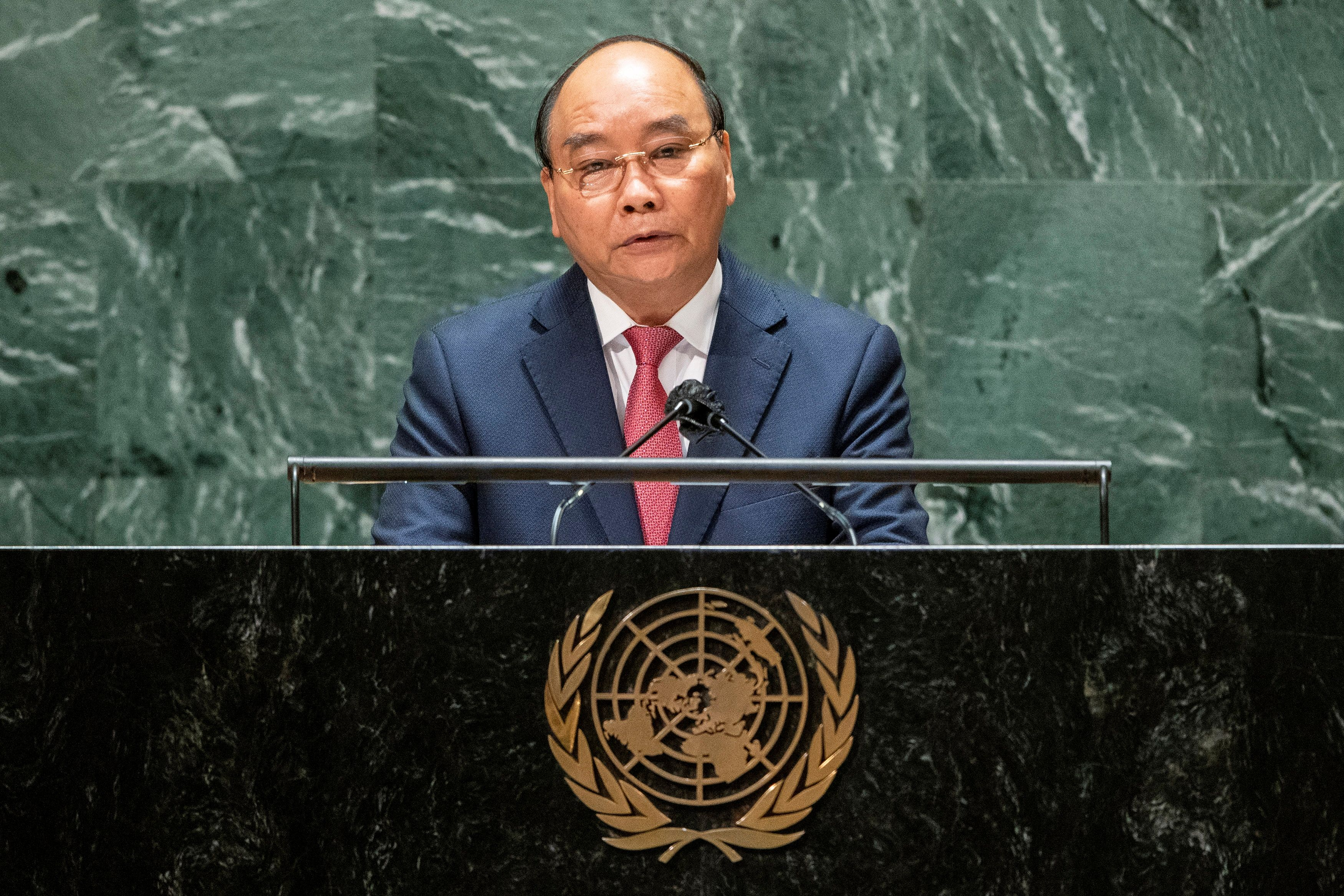 Vietnam president urges vaccine allocation for nations with low vaccination rates at UN General Assembly