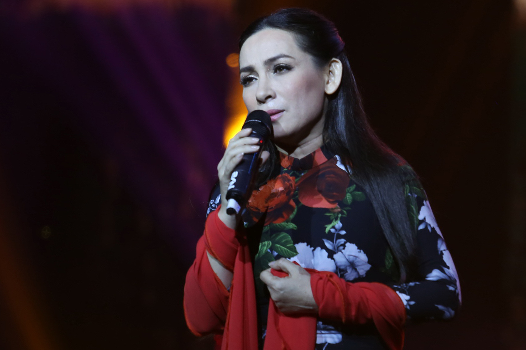 Vietnamese-American diva Phi Nhung dies of COVID-19 in Ho Chi Minh City
