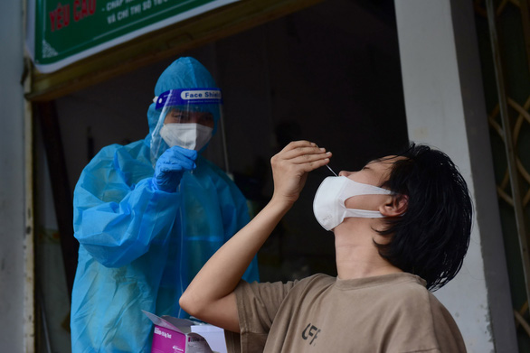 Ho Chi Minh City asked to explain 150,000 unreported COVID-19 cases