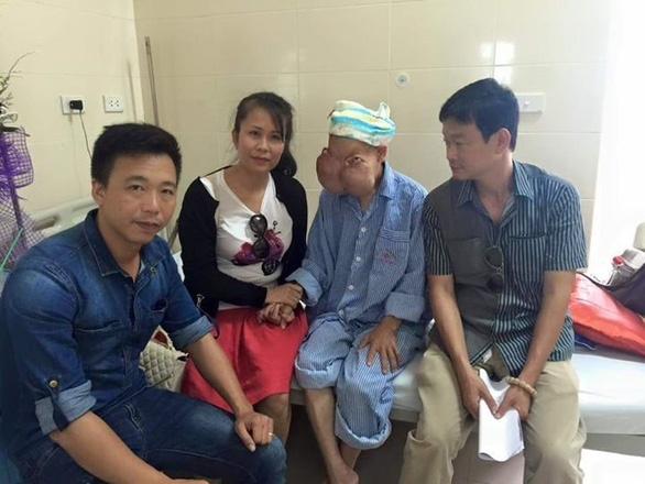 Ethnic Vietnamese women get smiles back thanks to donations