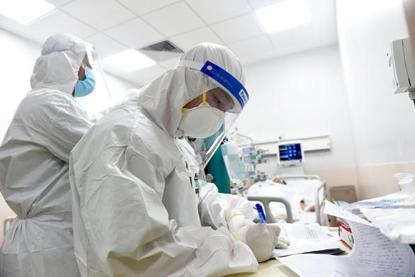 Health ministry announces 4,363 new coronavirus infections in Vietnam