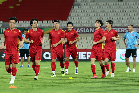 Vietnamese players prepare for their match against China in the final round of the 2022 FIFA World Cup Asian qualifiers in the UAE, October 6, 2021. Photo: Vietnam Football Federation