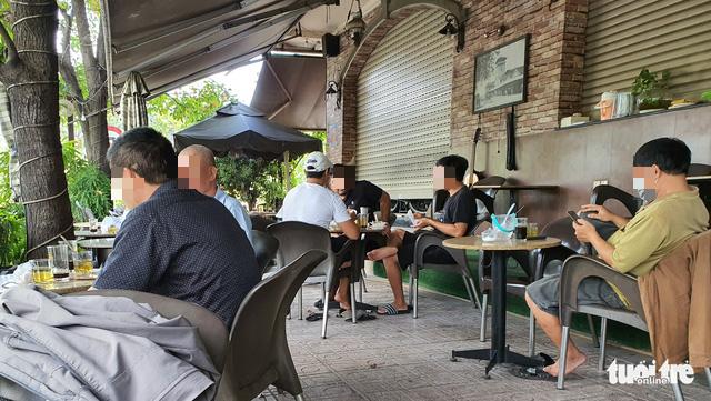 Cafés offer sit-down service despite ban in Ho Chi Minh City