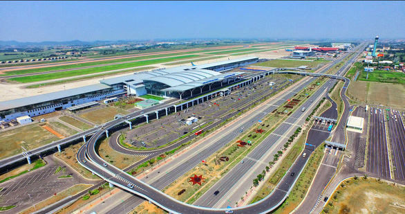 Foreign objects violate Noi Bai airport's airspace in Hanoi