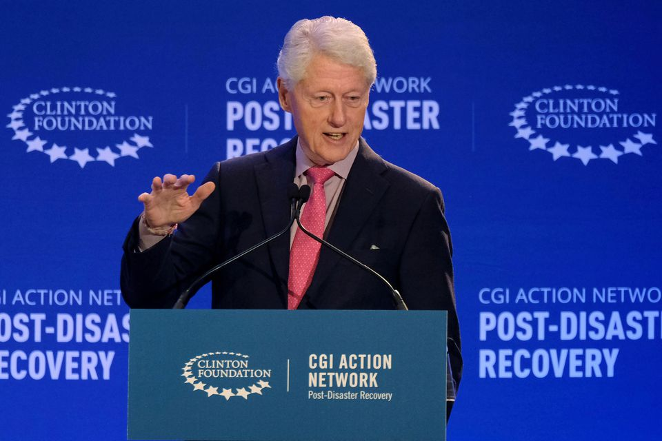 Ex-President Bill Clinton recovering from infection in hospital, doctors say